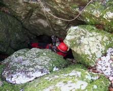 Gouffre d'Ouzene et Grotte de Foye